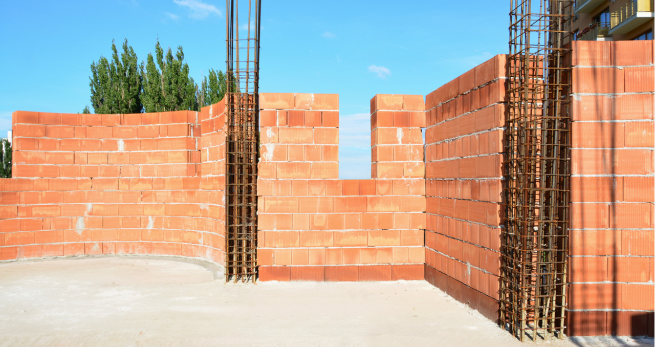 How to Tell if a Wall Is Load Bearing in a Single Story House