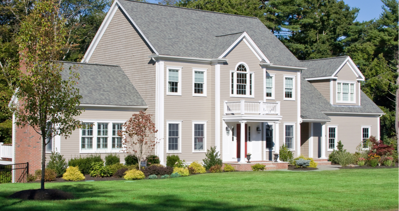 How to Sell a Country Home: 5 Tips for Homeowners