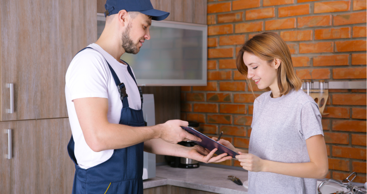 Selling a Home? 5 Tips for Choosing a Home Repair Contractor