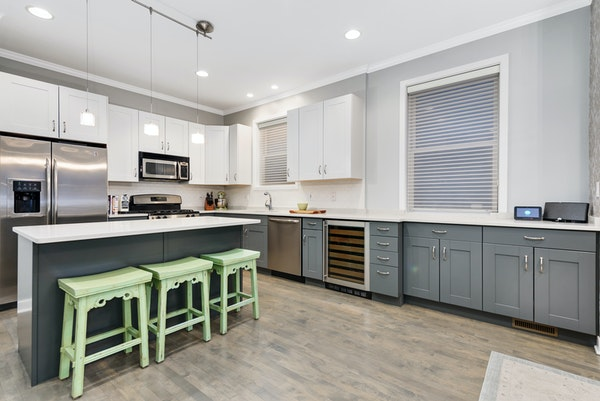 Photo of 939 N Wolcott Ave, Unit 1 Chicago, IL 60622