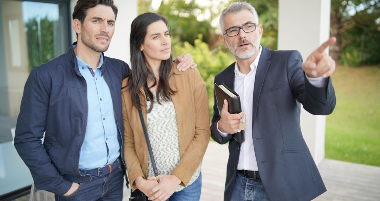 What Home Sellers Should Look for During a Listing Presentation