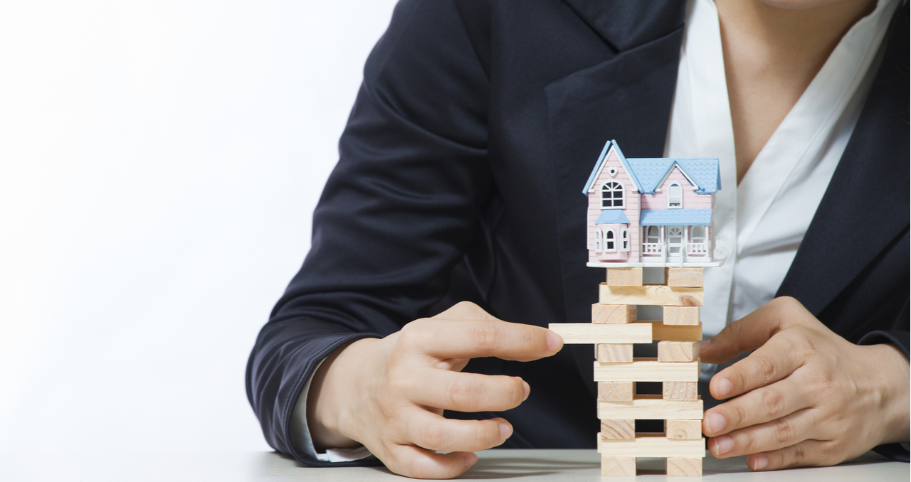 How Often Does the Housing Market Crash? Trends to Know