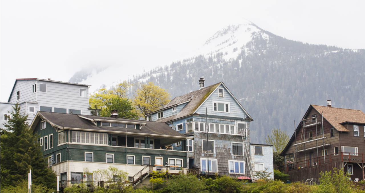 Best time to sell a house in Alaska