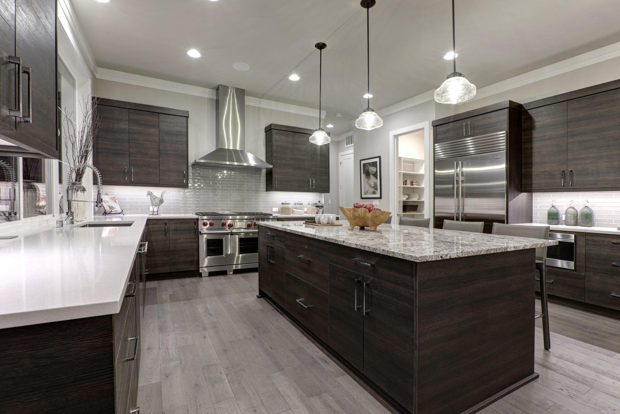 Modern chef's kitchen in home