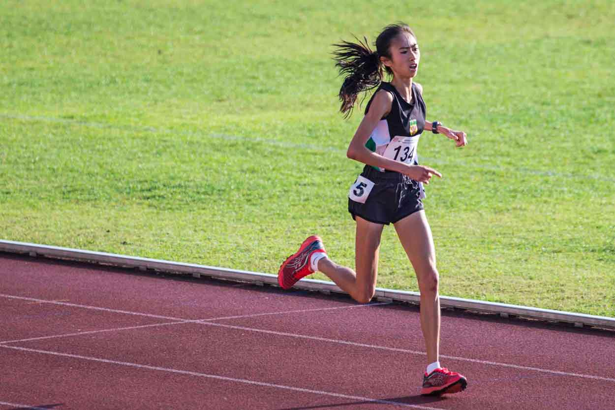 Toh Ting Xuan sets 5000m national junior record, first junior to run sub-18 minutes