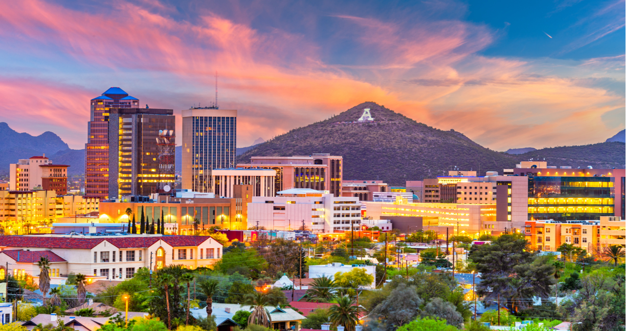 8 Steps to Selling a House in Arizona