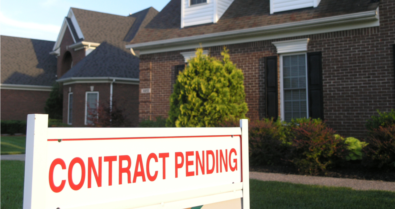 What Percentage of Pending Home Sales Fall Through?