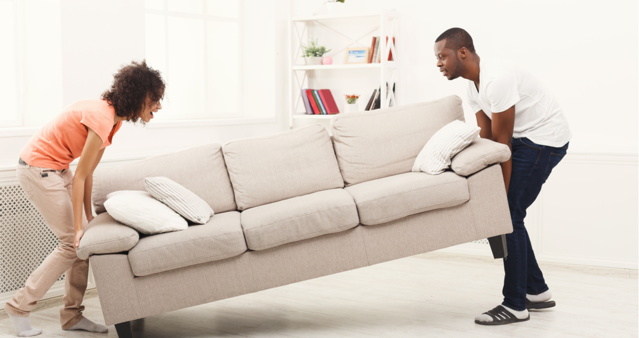 How to Sell a House Full of Furniture Quickly