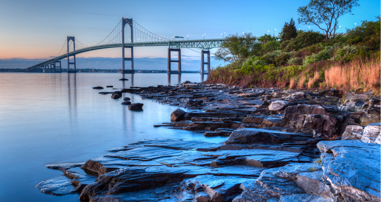 The Best Time to Buy a House in Rhode Island