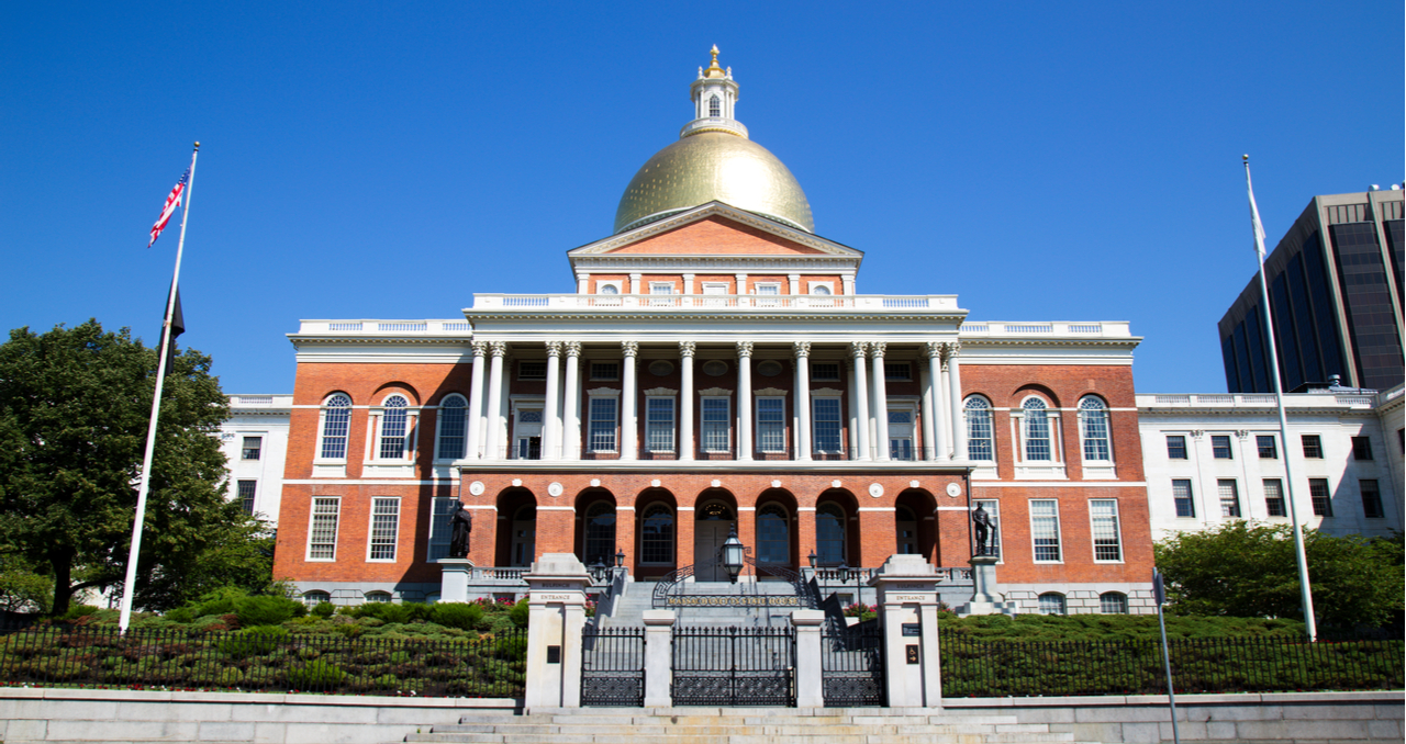 8 Steps to Selling a House in Massachusetts