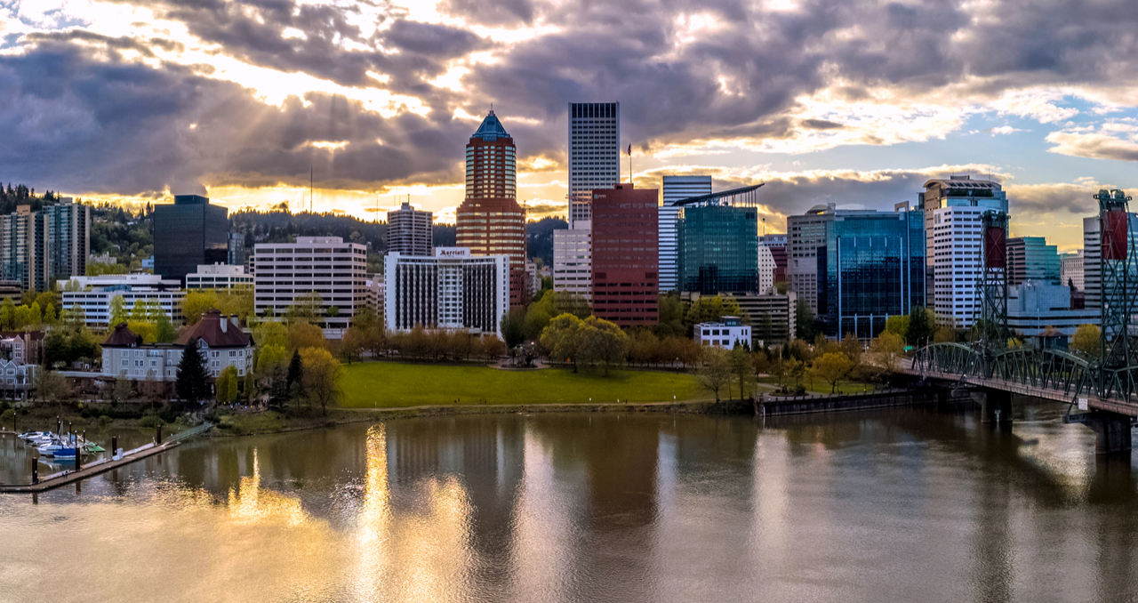 8 Steps to Selling a House in Oregon