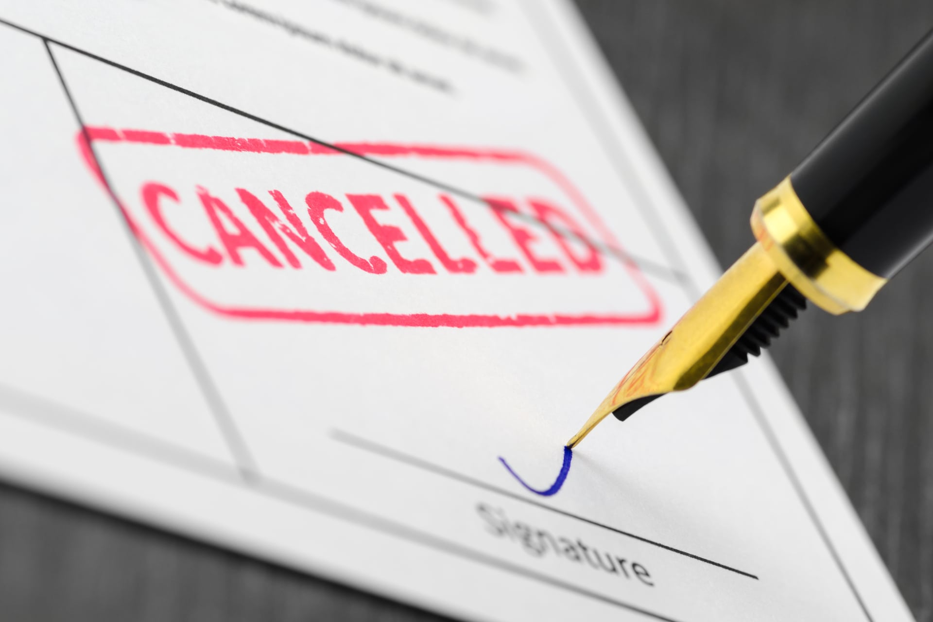 When Should Home Sellers Cancel Homeowners Insurance?