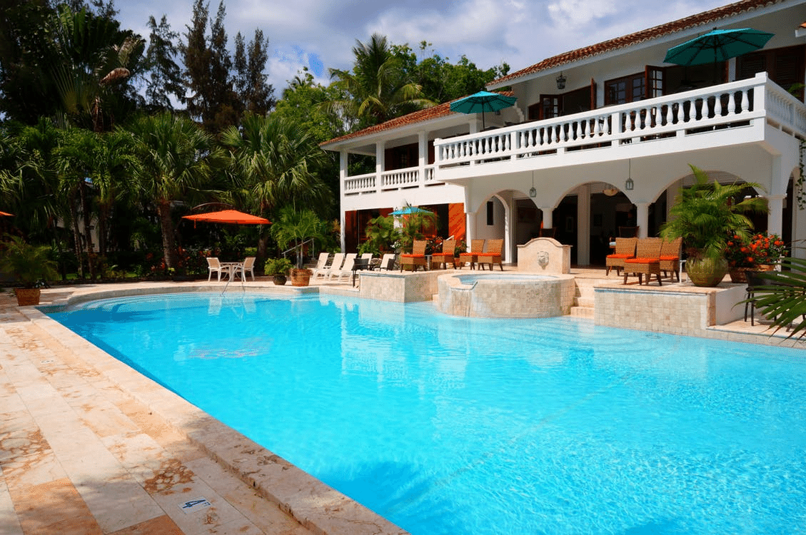 Does a Pool Add Value to a Home?